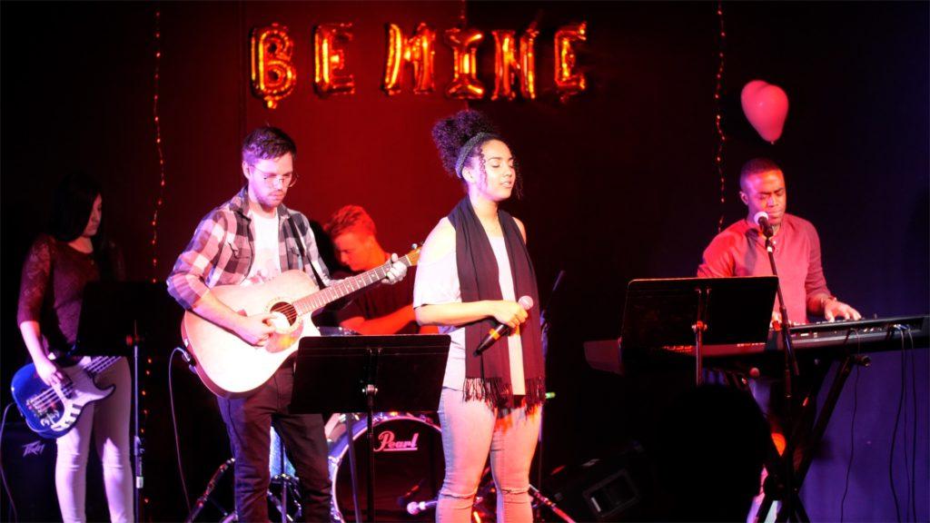 Worship Band - Allyssa White (Bass) Troy ( Guitar) Saracha ( Vocals ) Sam Lough ( Drums ) Malan Jones ( Keys & Vocals )